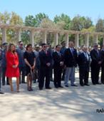 Autoridades militares, civiles y religiosas, participantes en la ceremonia.