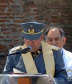 El Capellán de la Escuela de Suboficiales acompañó al Rector Subrogante del Templo Votivo, en la Bendición de la placa.