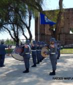 La Banda de la Escuela de Infantería del Ejército, acompañó con sus sones marciales el solemne acto.