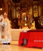 El 14 de marzo, tras la Misa de los 200 años de la Promesa de Chile a la Virgen del Carmen, ambas imágenes iniciaron el peregrinaje por las unidades militares del país