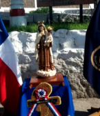 Las imágenes de la Virgen del Carmen peregrinaron desde Arica y Punta Arenas hacia Santiago, pasando por los diferentes cuarteles y reparticiones del Ejército (20)