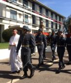 Los días previos al 5 de abril. las dos imágenes permanecieron en la Escuela de Suboficiales del Ejército, donde fueron veneradas por el personal y alumnos dragoneantes (3)