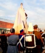 Solemne peregrinación a primera hota del día 5 de abril, desde el Estadio Municipal Coronel Santiago Bueras, hasta el Santuario Nacional de Maipú (57)